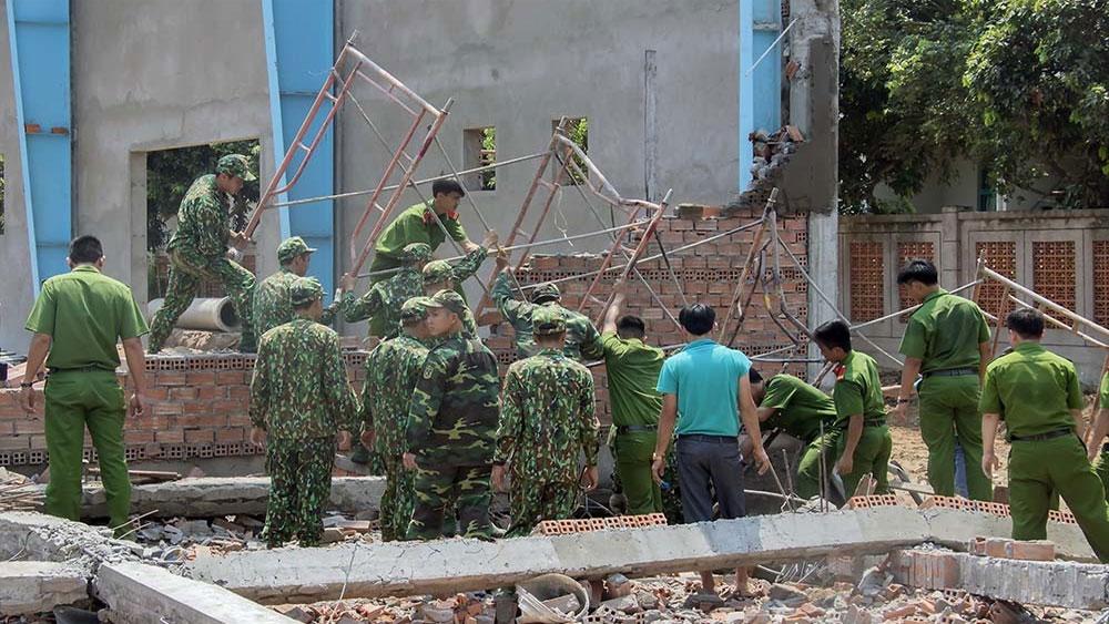 Tình tiết bất ngờ vụ sập tường xưởng may 6 người chết